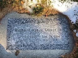 Richard Vance Oliver, Jr