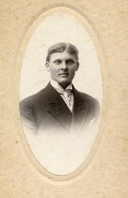 Benjamin J Weersing