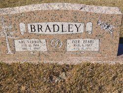 Iver Pearl <I>Hicks</I> Bradley