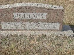 Mildred R Rhodes