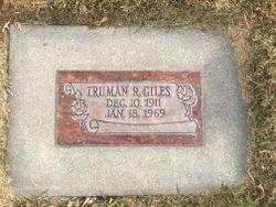 Truman Ralph Giles
