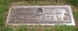 Ruth Ann <I>Lash</I> Mounts