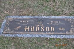 Nannie E Hudson