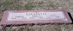 Adeline Gigliotti