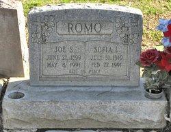 Sofia L Romo
