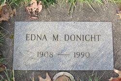 Edna M Donicht