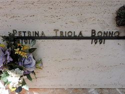 Petrina <I>Triola</I> Bonno
