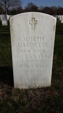 Joseph Gaudette
