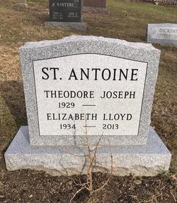 Elizabeth Lloyd <I>Frier</I> St. Antoine