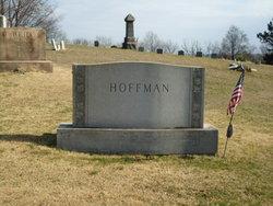 Ada Crawford <I>Thom</I> Hoffman