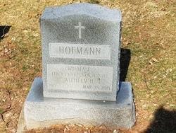Wilma  E Hofmann