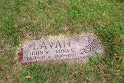 Edna E Lavan