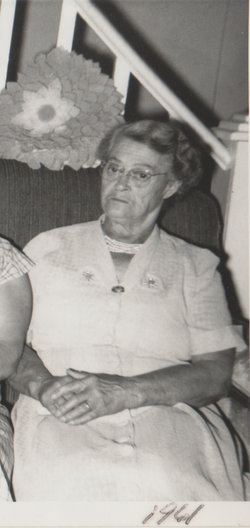 Salena G Thompson