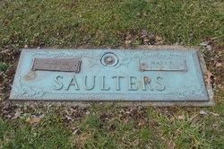 Mary E Saulters