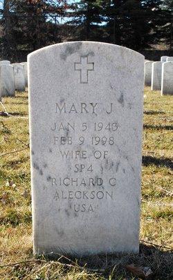 Mary J Aleckson