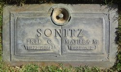 "Fred Charles ""Charlie"" Sonitz"