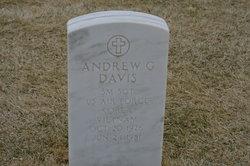 Andrew Garfield Davis