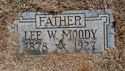 Lee W Moody
