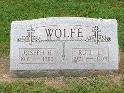 Ruth Lavern <I>Baldes</I> Wolfe
