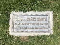 "Olivia Pratt ""Olive"" <I>Driggs</I> Smith"