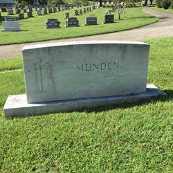 "Sara Ellen ""Sally"" <I>Joyce</I> Munden"