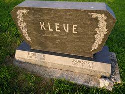 "Elizabeth Anna Marie ""Liz"" <I>Rutten</I> Kleve"