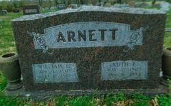 Ruth E <I>Huckleberry</I> Arnett