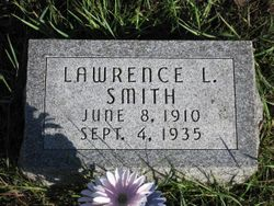 Lawrence L Smith