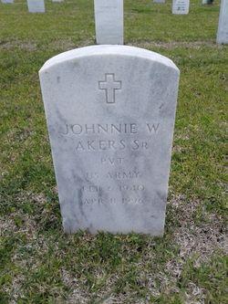 Johnnie Wilbert Akers, Sr