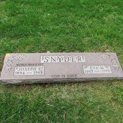 Eva M Snyder