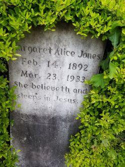 "Margaret Alice ""Maggie"" <I>Odham</I> Jones"