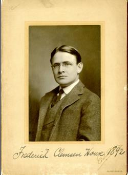 Frederic Clemson Howe