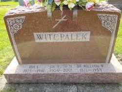 Dr William W Witcpalek