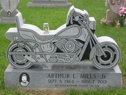Arthur Lee Mills, Jr