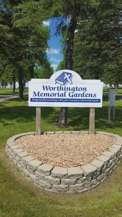 Worthington Memorial Gardens