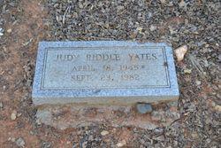 Judy Marie <I>Riddle</I> Yates