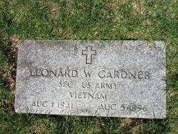 Leonard W Gardner