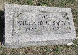 Willard E Smith