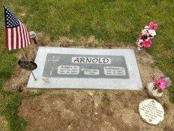 """Kathleen J. """"Kathy"""" <I>Nelson</I> Arnold"""