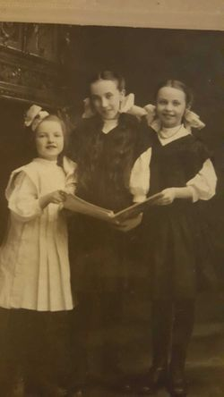 Dorothy Vivian <I>Young</I> Steinhebel