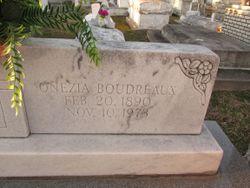 Onezia <I>Richard</I> Boudreaux