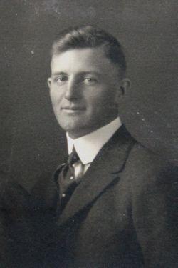 Lloyd Adrian Gillis