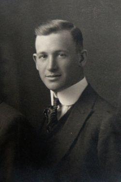 Everett Gillis