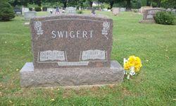 Dorothy M Swigert