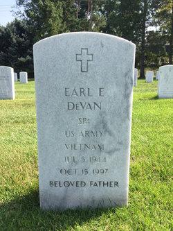 Earl E Devan