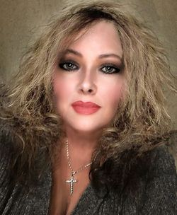 Celeste Collins - Katseyeanis