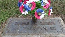 Nellie Mae <I>Bagwell</I> Vaughn