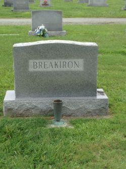 Bessie <I>Hillen</I> Breakiron