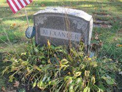 Rene D <I>Tuck</I> Alexander