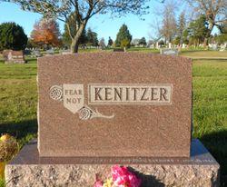 Pauline Ruby <I>Kenitzer</I> Wills